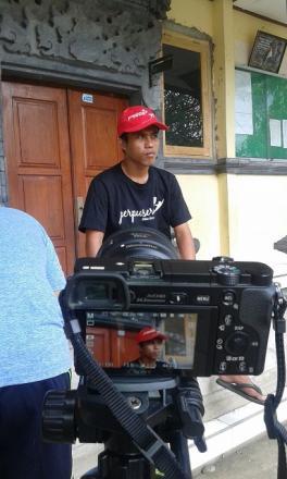 Proses pembuatan video Perpuseru Desa Bontihing